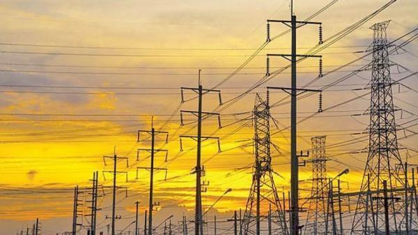 آمار تکان دهنده از سودآوری شرکت برق منطقه ای تهران، زخم عمیق تعرفه گذاری یارانه ای بر پیکر صنعت برق